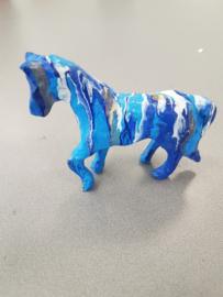 Paard beeld (acryl gieten)