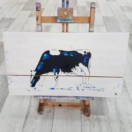 Koe op steigerhout schilderij
