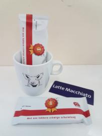 Verwenmoment: varken mok met Latte Macchiato
