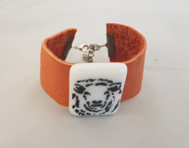 Bracelet with sheep