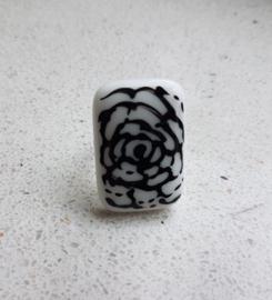 Roos ring met glazen applicatie