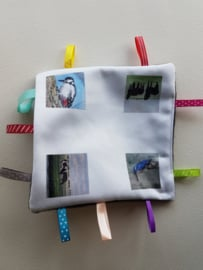 baby labeldoekje: koe, paard, ijsvogel en specht (zachte achterkant)