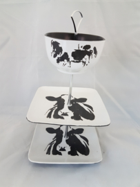Etagere: cow and horses