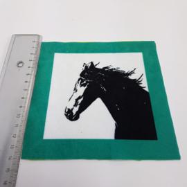 Paard met groen turquoise rand: stofje