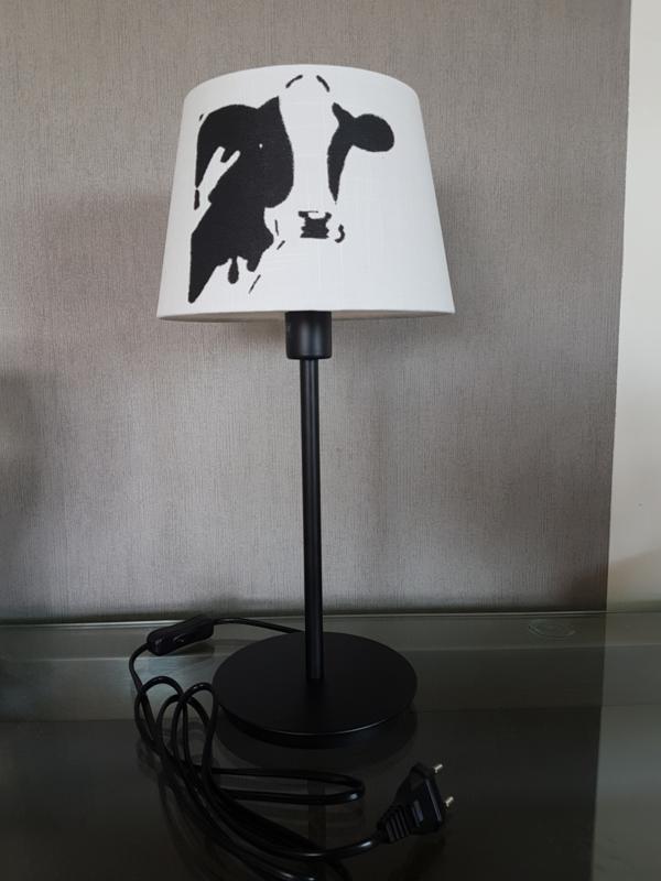 Koe lamp met ronde poot