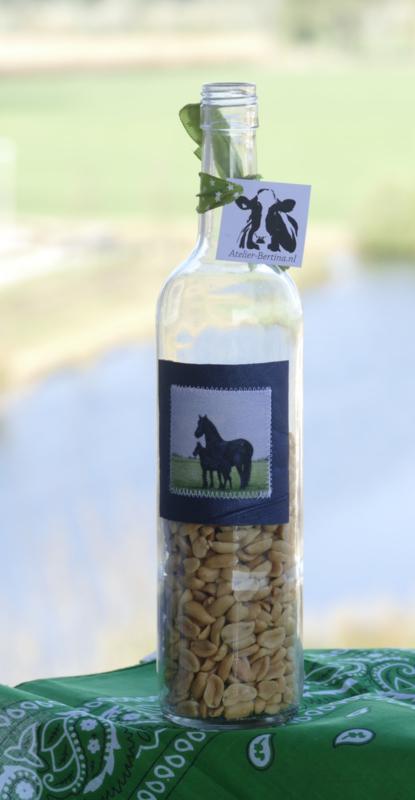 Fles met paard aquarel : sfeerlicht, nootjes, suikerpot of vaasje.