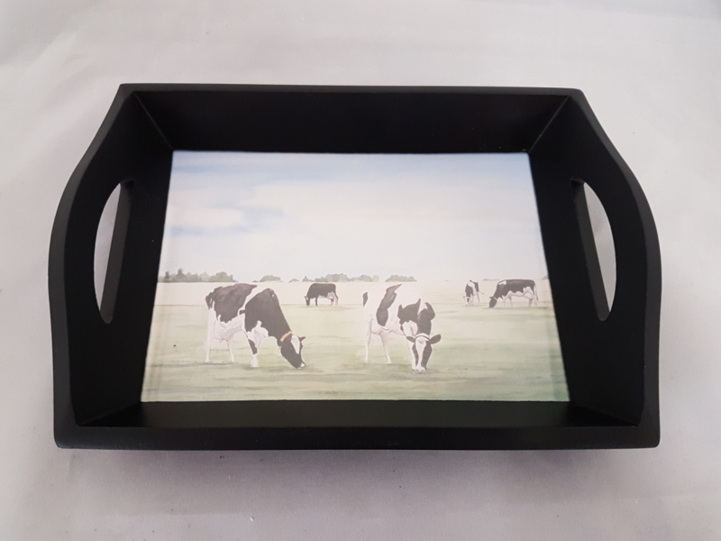 Tray cow