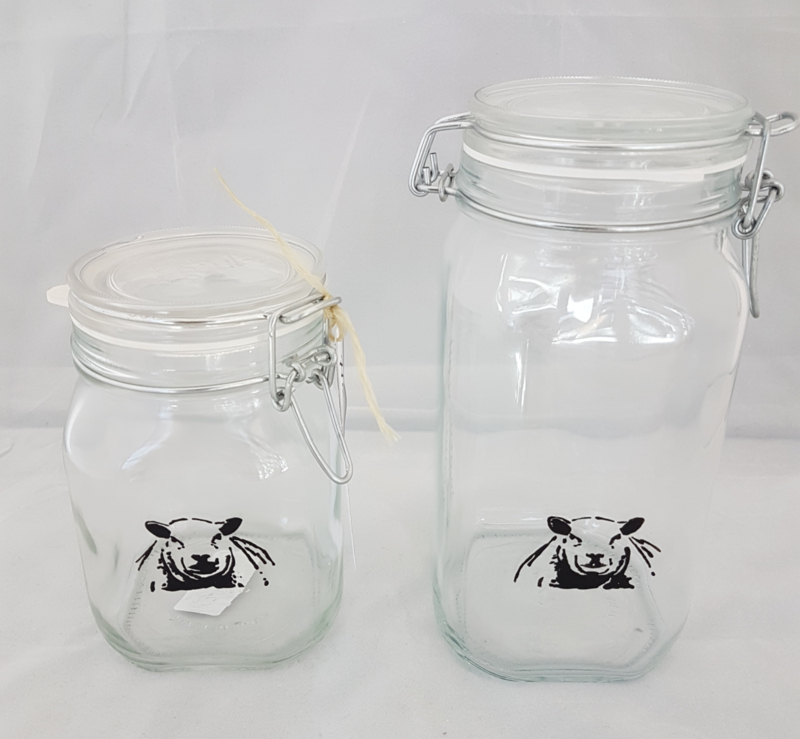 Storage jar / drinking jar with sheep