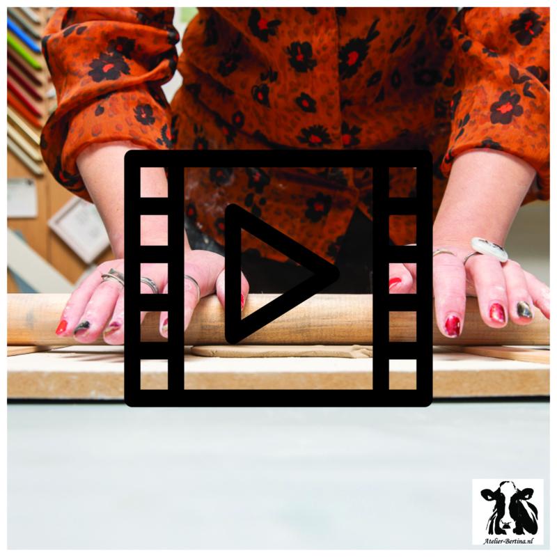 les live /tutorial keramiek: plak klei uitrollen
