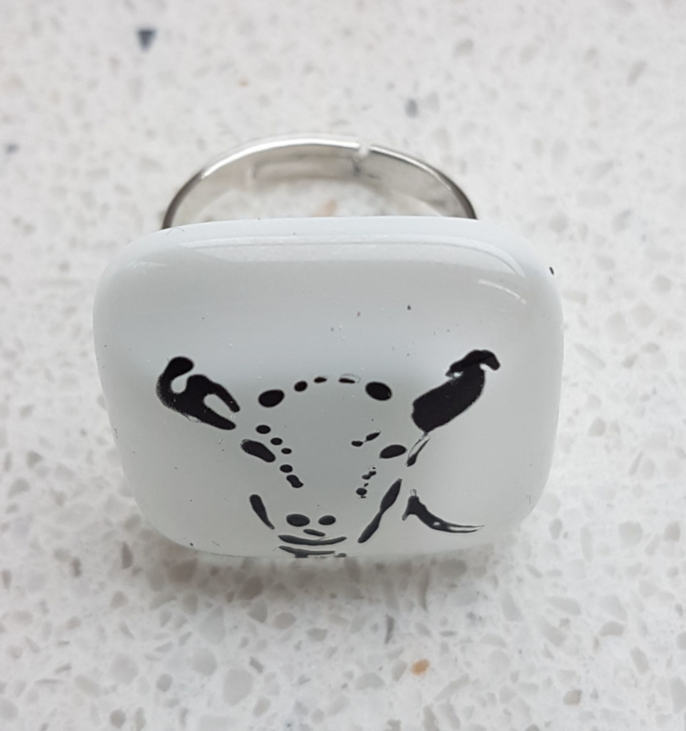 goat ring with glass application