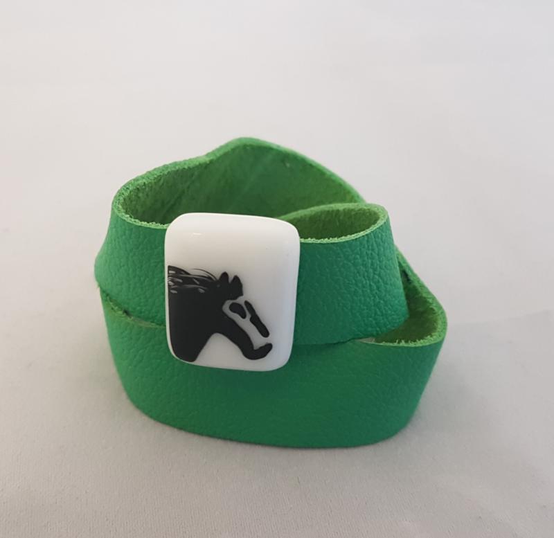 Bracelet with horse