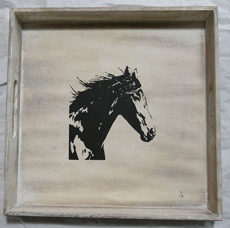 Tray 32 x 32 cm wood painted with horse