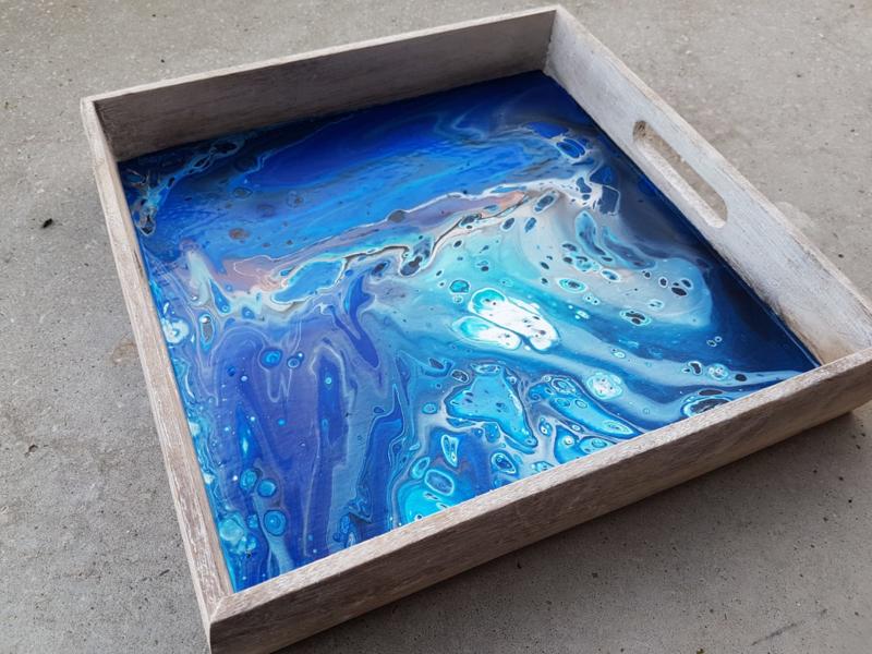 dienblad blauw acryl gieten