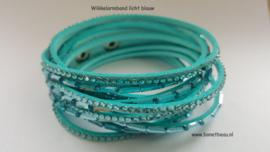 Wikkelarmband licht blauw