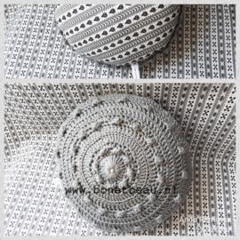Mini Zeeuwse Knop Kussen Antraciet - Hartje 18cm