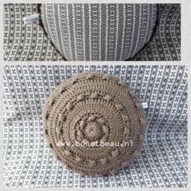 Mini Zeeuwse Knop Kussen Taupe - Ruitje 18cm