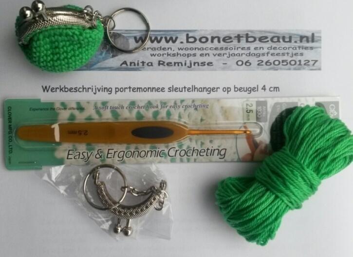 Doe-het-zelf pakket portemonnee-sleutelhanger 4 cm