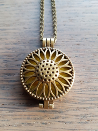 Etherische olie medallion: steampunk flower
