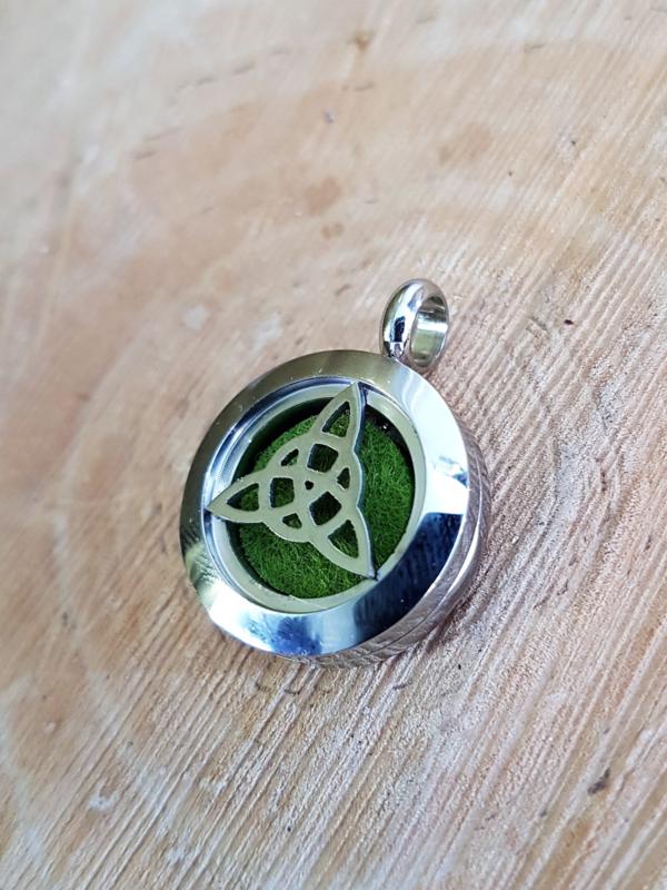 Etherische olie medallion: Triskel - small