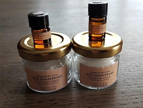 Etherische olie: Sandelhout, Wit - Santalum album  - 2 ml