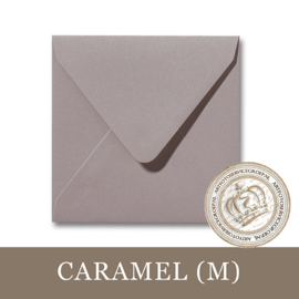 Parelmoer envelop - Caramel