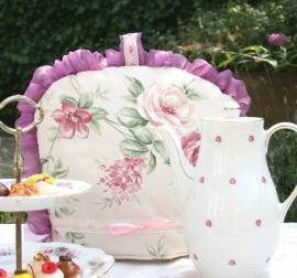 Theemuts met rozenpatroon in pastel
