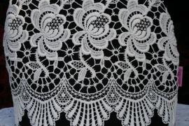 Trendy theemuts zwart met vintage kant