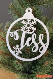 Kerstbal met naam en sneeuwvlokjes (Zilver)
