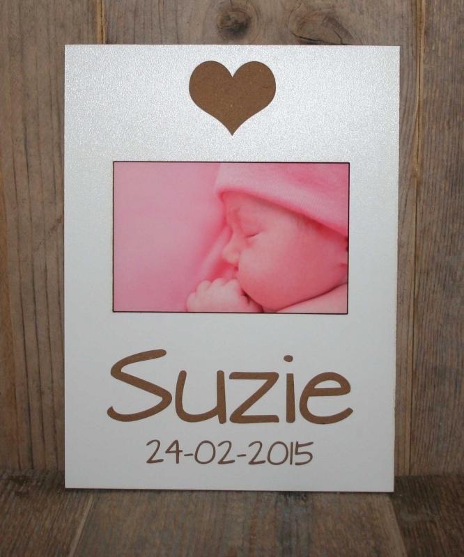 Fotolijstje met naam en geboortedatum Hartje