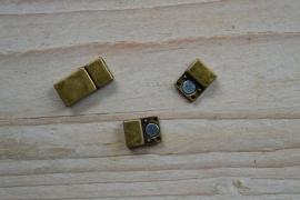 Bronskleurige magneetsluiting 5 mm ca. 9 x 16 mm per stuk