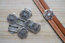 Metalen leerschuiver 20 mm hexagon ca. 22 x 26 mm per stuk