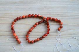 Rotes Feuerachat facettierte runde Perlen 8 mm