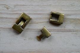 Bronskleurige leer sluiting klein ca. 11 x 19 mm per stuk