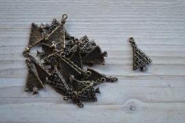 Bedel kerstboom ca. 16 x 28 mm per 2 stuks