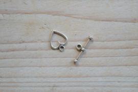 Metalen kapittelsluiting hart ca. 11 x 14 mm per 3 stuks