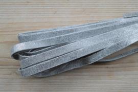 Plat nappaleer 10 mm Zilver per 10 cm