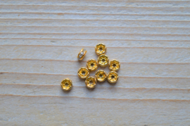 Rhinestone spacers ca. 5 mm (per 10 stuks)