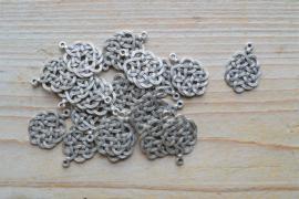 Metalen bedel eindeloze knoop ca. 18 x 24 mm per stuk