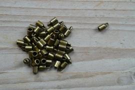 Bronskleurige eindkapje 3 mm ca. 4 x 8 mm per 2