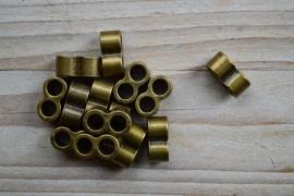 Bronskleurige leerschuiver 5 mm ca. 7 x 15 mm