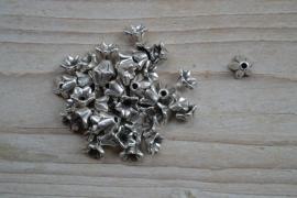 Metalen kraalkap ca. 8 mm per 10 stuks