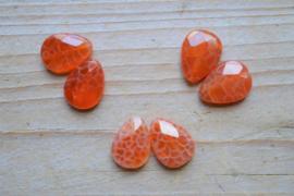 Rood vuuragaat gefacetteerde platte druppels ca. 13 x 18 mm per 2