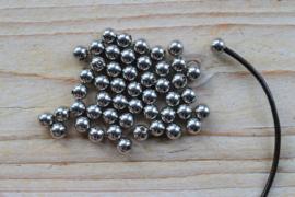 RVS Eindbolletje (binnenmaat 2 mm) ca. 6 mm per 2