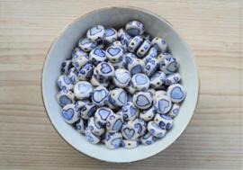Delfts blauw plat met hart ca. 14 mm (per stuk)