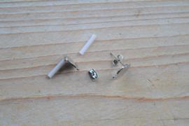 Metalen oorstekers 10 mm met oogje per paar