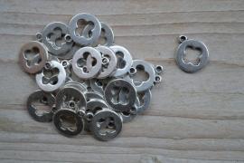 Metalen bedel rond met kruis ca. 14 x 17 mm per 3 stuks