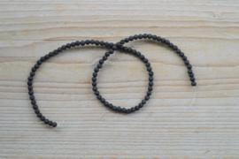 Zwart lavasteen ronde kralen 4 mm