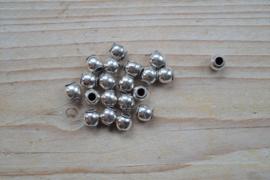 Kraal sterling zilver ca. 7 x 7 mm per stuk