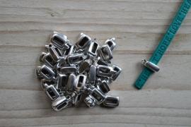 Metalen bedelhanger 5 mm ca. 4 x 12 mm per stuk