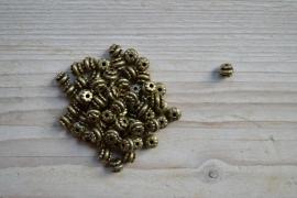 Bronskleurige tussenkraal ca. 6 x 7 mm per 10 stuks
